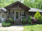 Toccoa Fish Trap_Sleeps 6_Hot Tub_Pet Friendly_Best Fishing Rive
