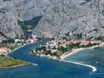 Town Omis, 3km from the apartment