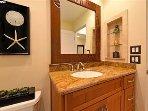 2 ° bagno con doccia, lavatrice e asciugatrice