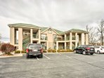 Located just minutes from Branson's hottest attractions, this condo's convenience is unparalleled.