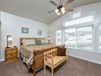 Master suite/king bed