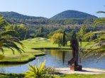 Très beau golf de Barbossi