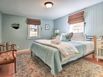 After a long day fishing at the trout pond, you're sure to get a good night's rest in this king  bed.