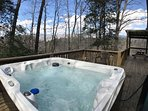 HOT TUB WITH MOUTAIN VIEW