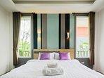 L villa bedroom.