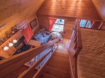 You'll find all of the necessary amenities of a true home-away-from-home at this cabin.