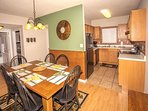 Cedar Lodge 202 Dining for 6