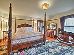 After a relaxing day on the property, retire to the master suite to rest on the soft king bed.