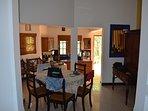 salle a manger et cuisine