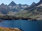 Excursiones para todas las edades y dificultades con cimas superiores a los 3000 mts.