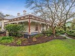 Daylesford Escapes - Kerville House