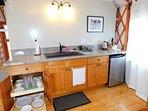 Tiny Hawaiian-house kitchenette