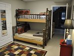 Waters Edge * Nottely Lake Bunk Beds and Futon Bedroom