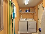 Utilize the in-unit laundry machines to wash your sandy clothes.