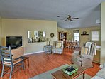 This well-appointed living space accommodates 4 guests comfortably.