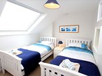 Woolacombe Holiday Cottages Gorselands Blue Twin Bedroom