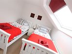 Woolacombe Holiday Cottages Gorselands Twin Room