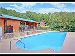 Resort Pool Access / walking distance from the cabin