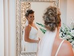 Cherished moments for the Bride to reflect on her happiness