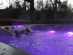 Gorgeous new 6-person therapeutic spa installed in 2018