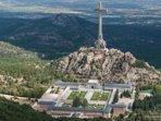 El Valle de los Caídos,a 20 min del apartamento. Lugar ideal para caminar y hacer un picnic.