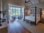 Luxurious Vaulted Ceiling HUGE King Master with Grand Views of Western Lake