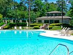 Massive pool and spa within walking distance, maybe 10 minutes thru beautiful Tidewater!
