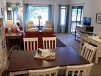 Overlook the ICW waterway, Tidewaters 8th & 9th holes. Full cable & awesome wifi.