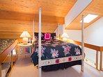 Snowcreek #630 (Phase 4) - Loft Queen bed