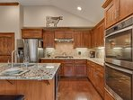 Tahoe Woods Penthouse - Fully equipped kitchen