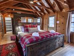 Heavenly Hideaway - Master bedroom