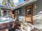 Moonlight Chalet - Hot tub and grill