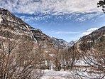 Awe-inspiring mountain vistas are the crown jewel of this vacation rental.