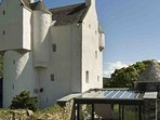 This attractive 16th century castle is a fantastic holiday getaway