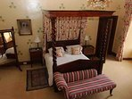 The 'Richmond' four poster bedroom