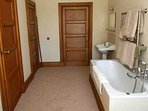 En suite for double bedroom