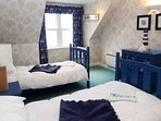 Twin bedroom 'Jonathan' on the first floor with en-suite and good wardrobe space
