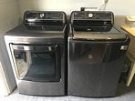 New LG 5.2 washer & Dryer