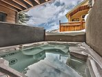 8-Seat Hot Tub Located on Back Patio - Level 1