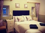 Middle bedroom with double bed