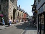 Sadler St, Wells, filled with superb cafes, bistros & restaurants