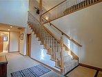 Banister,Handrail,Staircase,Indoors,Loft