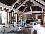 The Arsana Estate - Stylish living room