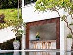 The Arsana Estate - Poolside bar