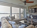 Enjoy fantastic mountain and lake views from the living room.