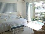 King bed with full en-suite bathroom