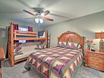 Kids will love sharing the second bedroom with sleeping for 5!