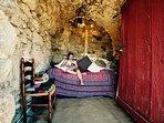 The reading room; for use of anyone renting Gite Cerise/Gite Noisette