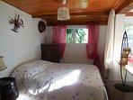 Chambre double avec lit en 140cm