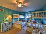 This bedroom is great for siblings w/2 twin-over-full bunk beds.